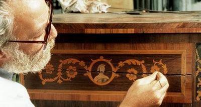 Повреждения мебели выявляемые при экспертизе