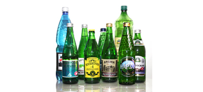 Покупка воды в стеклянной таре для сохранения её свойств