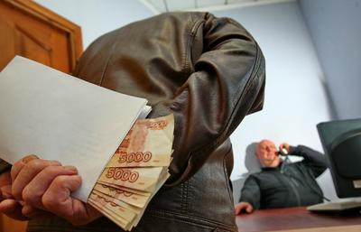 Требование дополнительной оплаты: случаи вымогательства