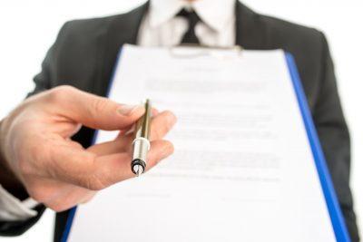 Чьи подтверждающие реквизиты должны быть в документе?